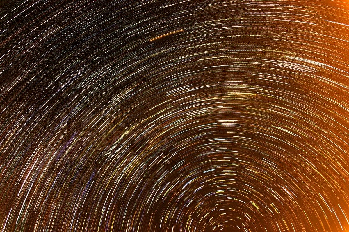 пока все спали, звезды хоровод водили - Алексей Яковлев