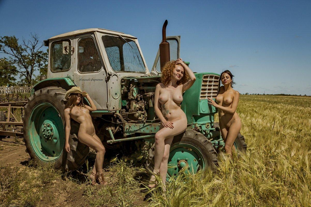 Секс біля трактора #5