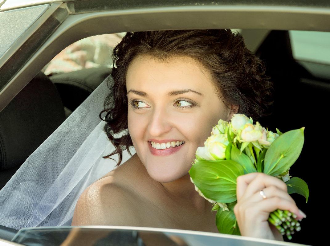 Невеста с букетом. - Светлана Шаповалова