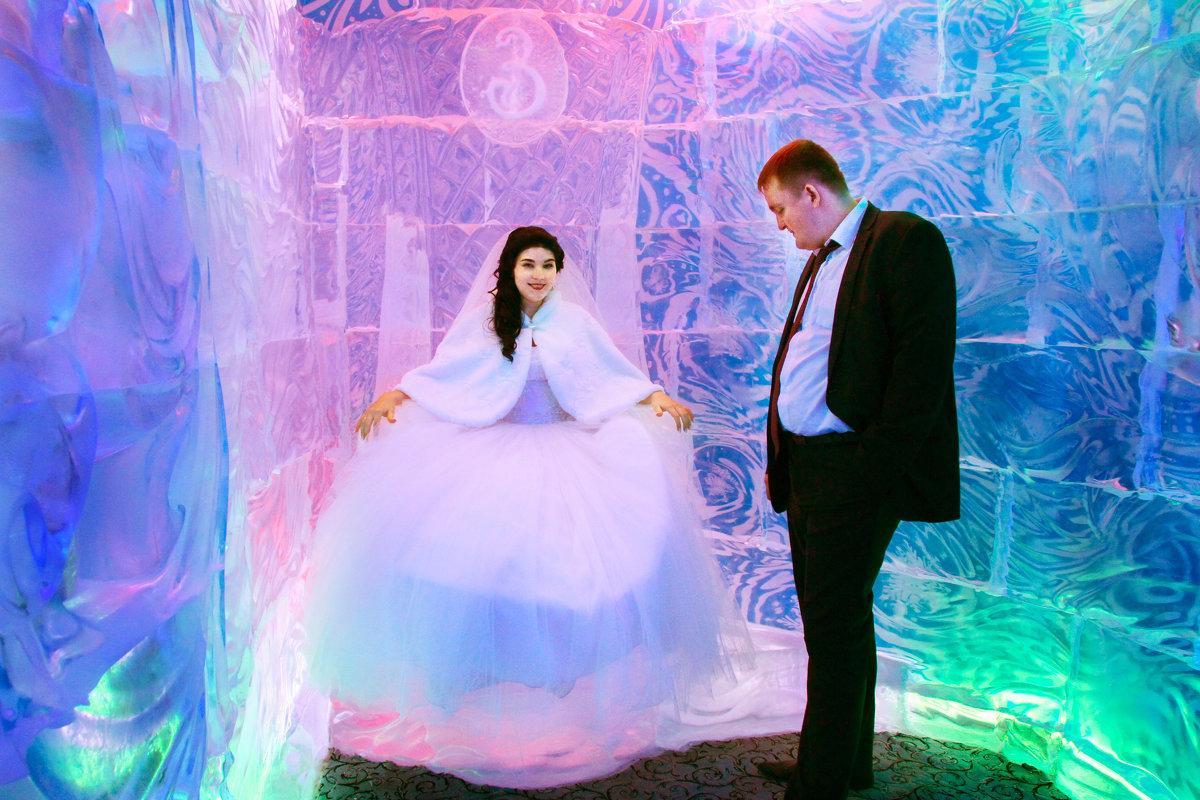 Горячее чувство в ледяной комнате - Юлия Лопатченко