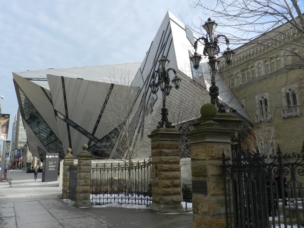 И снова Королевский музей (ROM) в Торонто... - Юрий Поляков