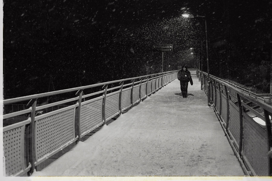 А вечером шёл снег... - Сергей Гойшик