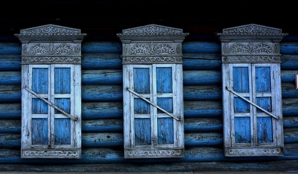 blue windows - URRa L