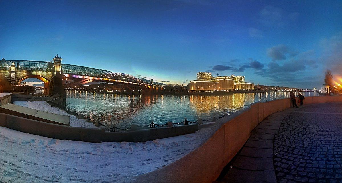 Москва река - Борис Соловьев