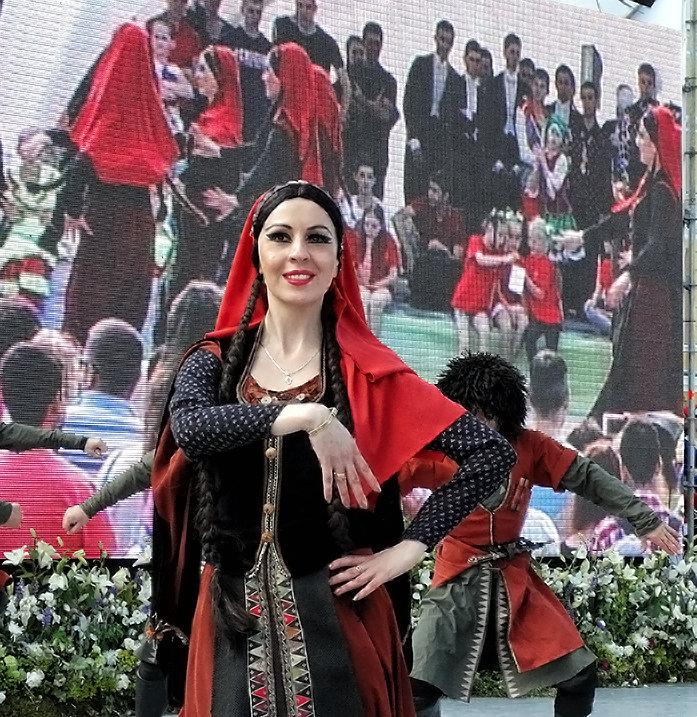 Кавказский танец - Владимир Бровко