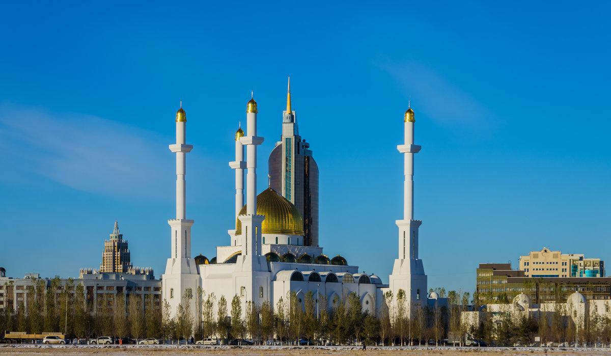 Нур-Мечеть в Астане - Алтай И.
