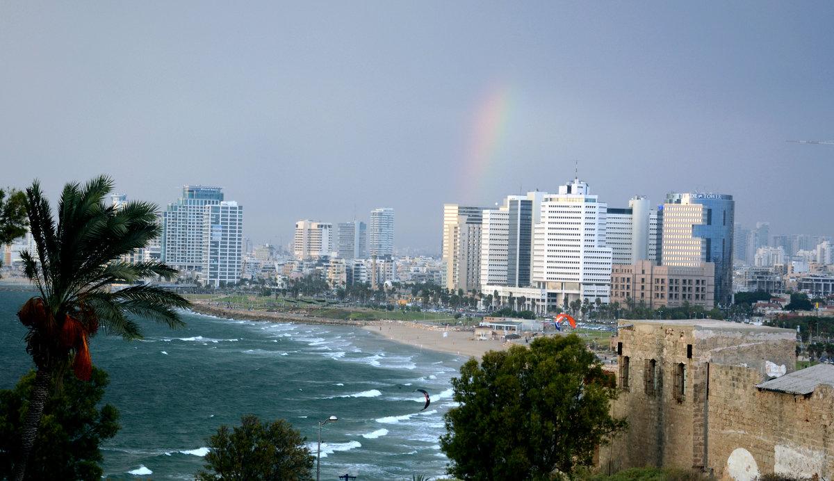 Тель-Авив пляж радуга - Валерий Баранчиков