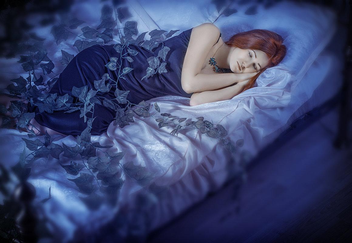 Многие пугаются снов с умершими родственниками, им кажетсчто мертвецы как правильно толковать сон?