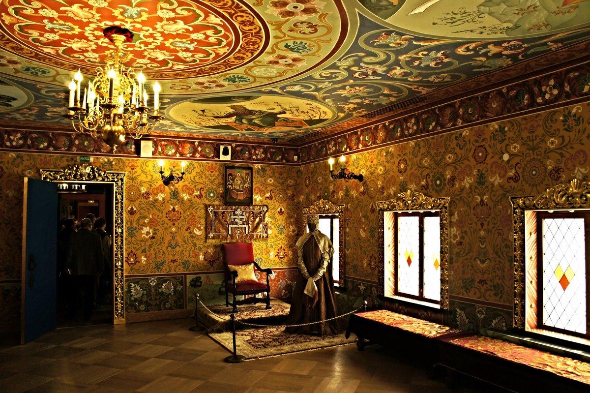 Престольная царицына палата - Елена Павлова (Смолова)