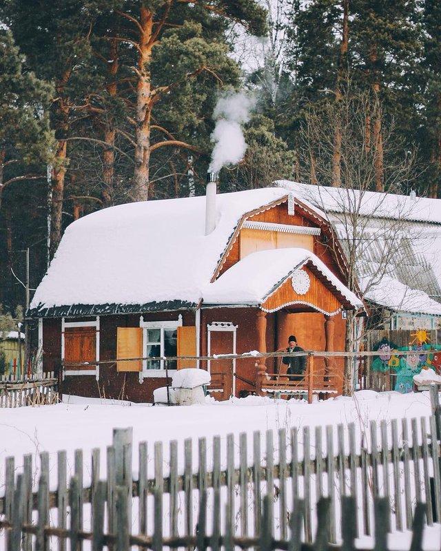 Домик в деревне - Валентин Уваров