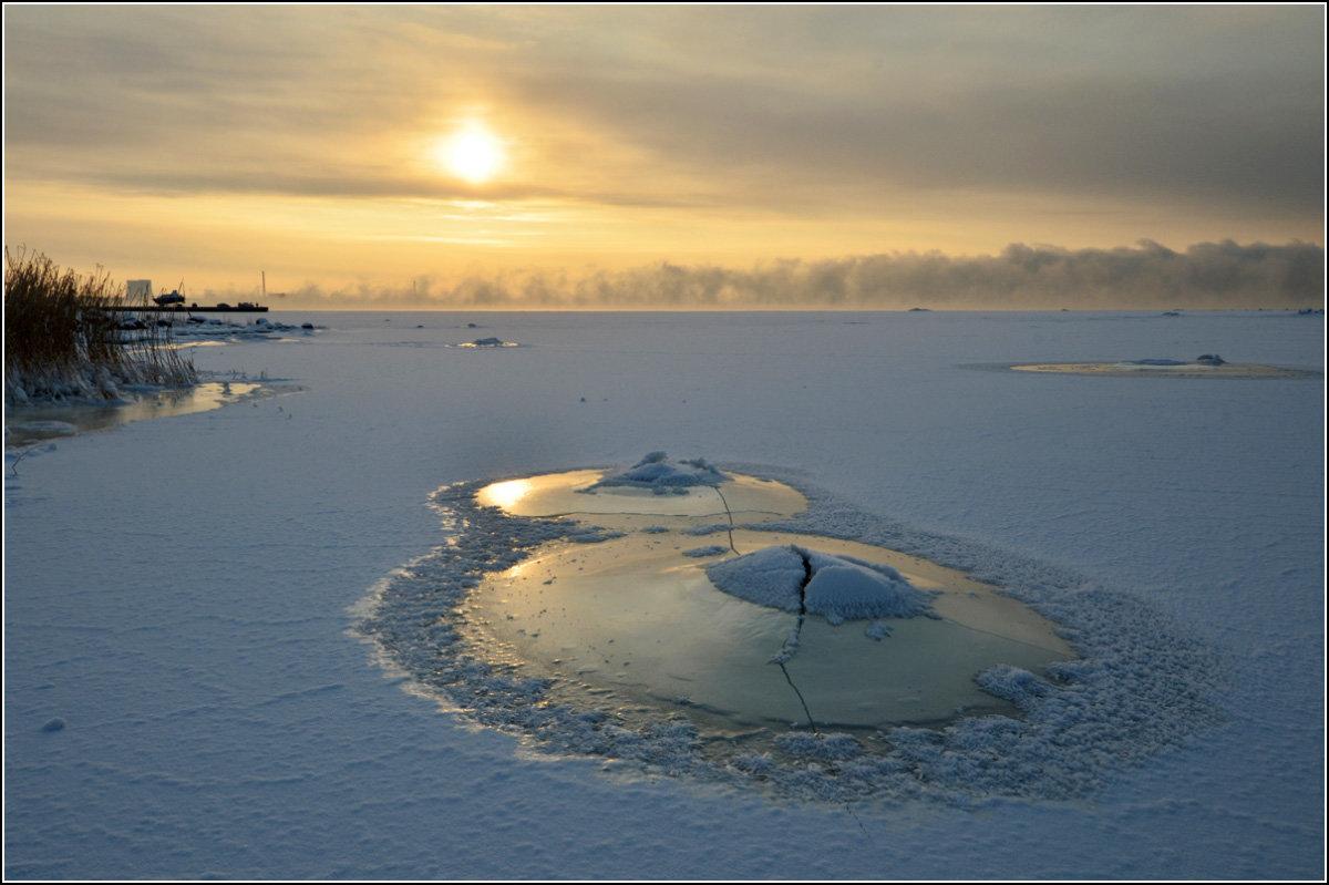 Пейзаж с камнем - Николай Кувшинов