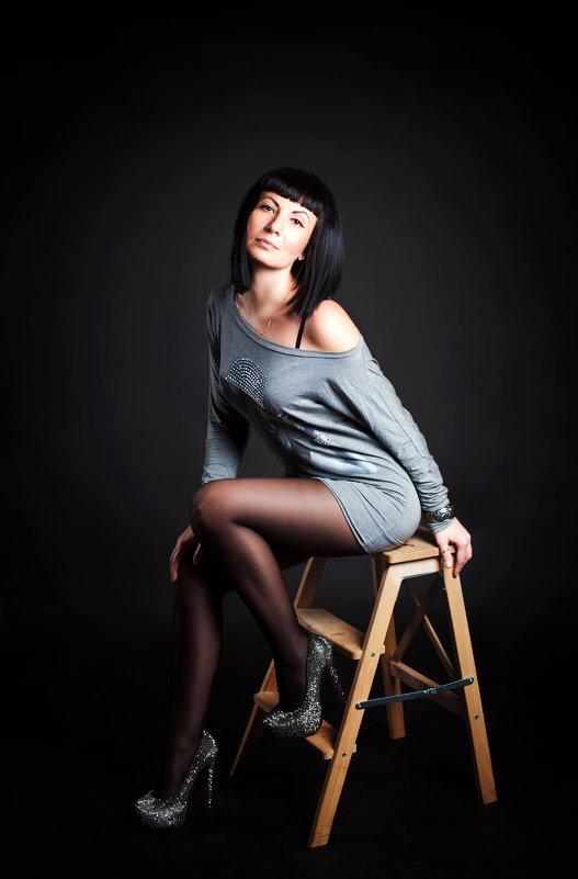 ***** - Dina Ross