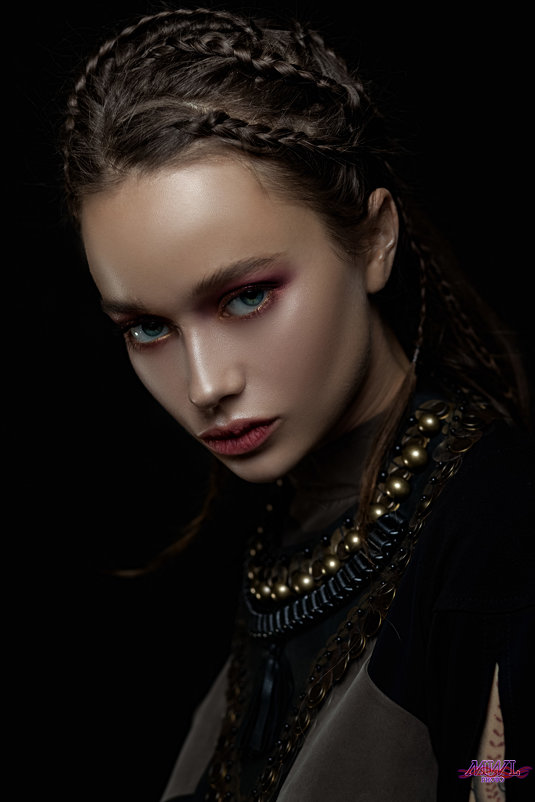 Dark Beauty - Евгений MWL Photo