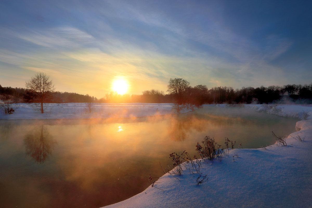 Морозный закат января... - Андрей Войцехов
