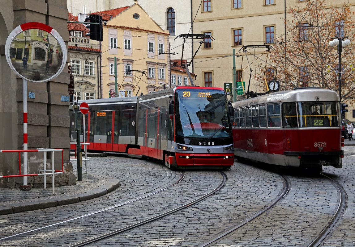 Больше трамваев, хороших и красных - Татьяна [Sumtime]