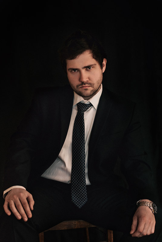 Мужской портрет - Максим Калинин
