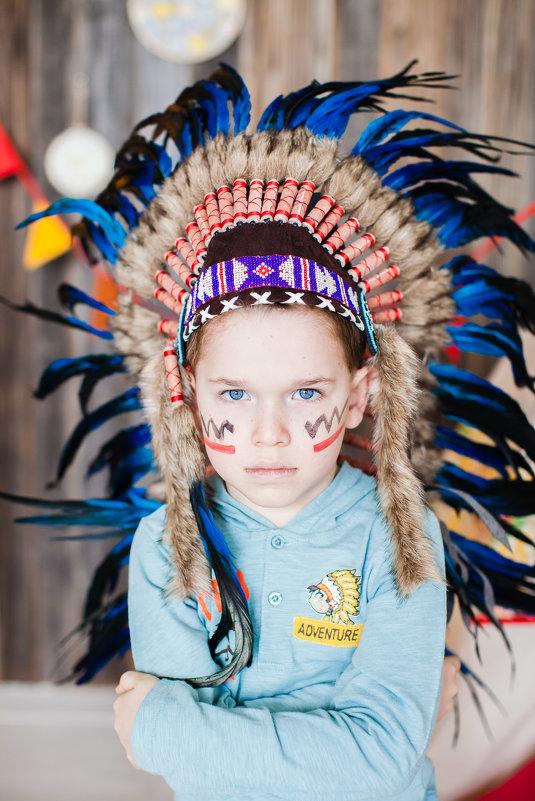 Степан в образе индейца - Юлия Герман