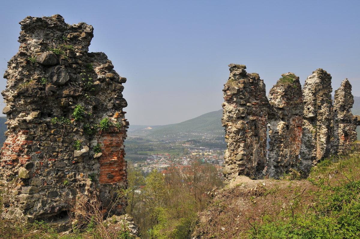 Руины замка - Владимир Л