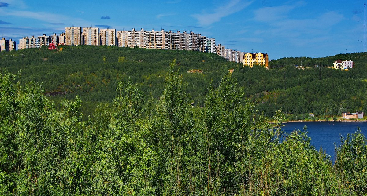 Мурманск. Вид со стороны озера «Большое». - kolin marsh