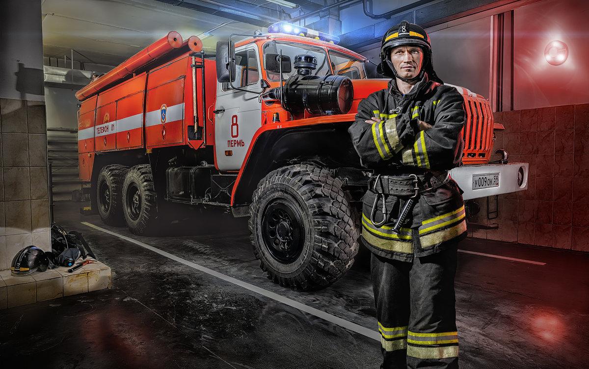 Пожарный - Алексей Ануфриев