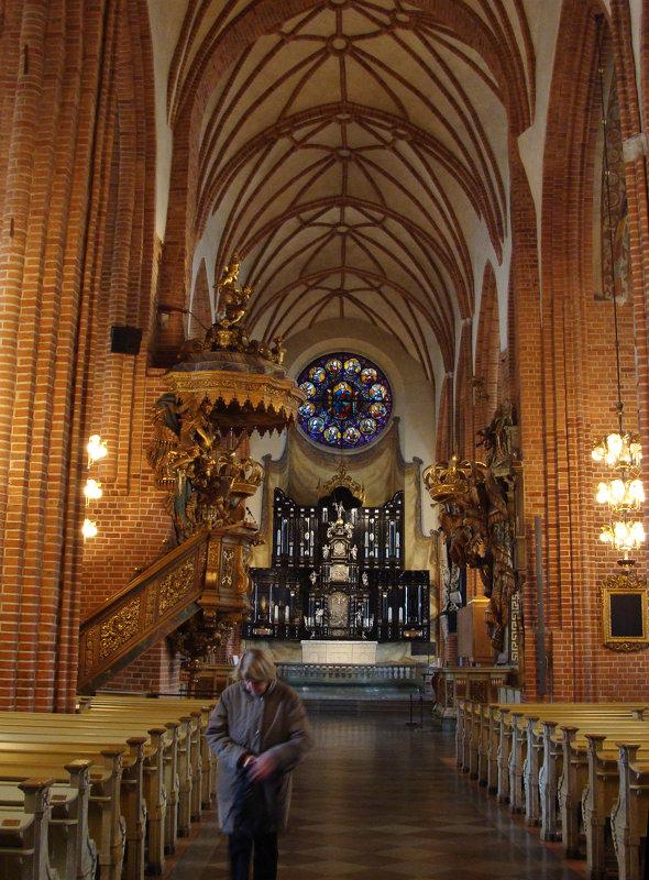 В церкви Святого Николая - Ирина Румянцева