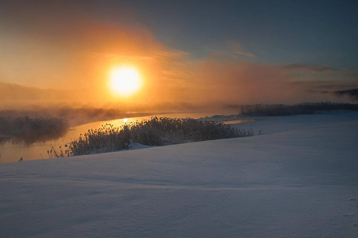 Зимний рассвет - vladimir Bormotov