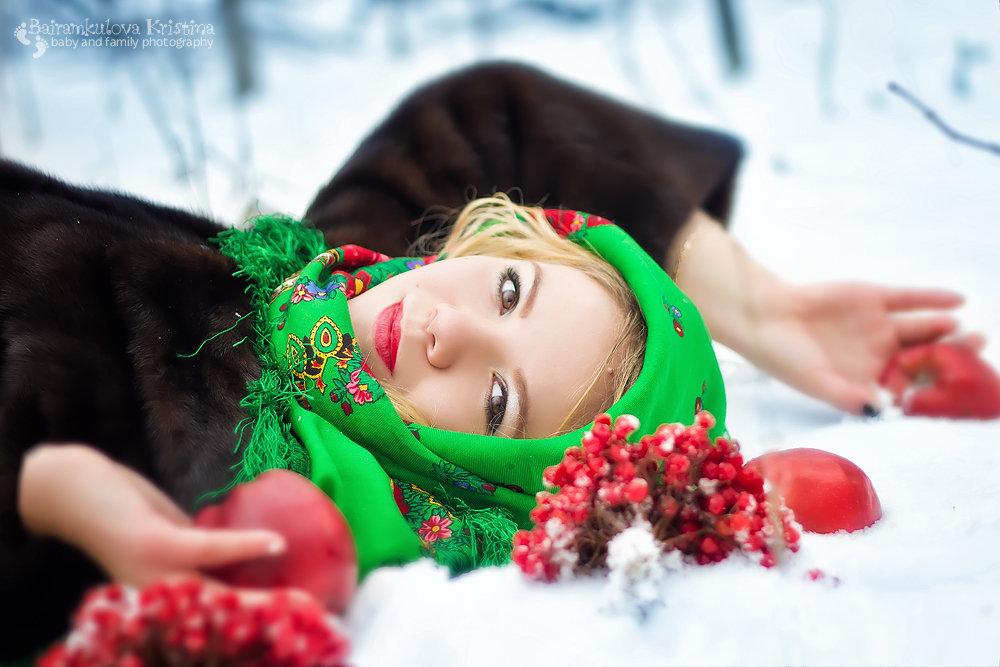 Елена-прекрасная - Криcтина Байрамкулова