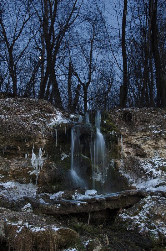Водопадик в марте - Miro Forja
