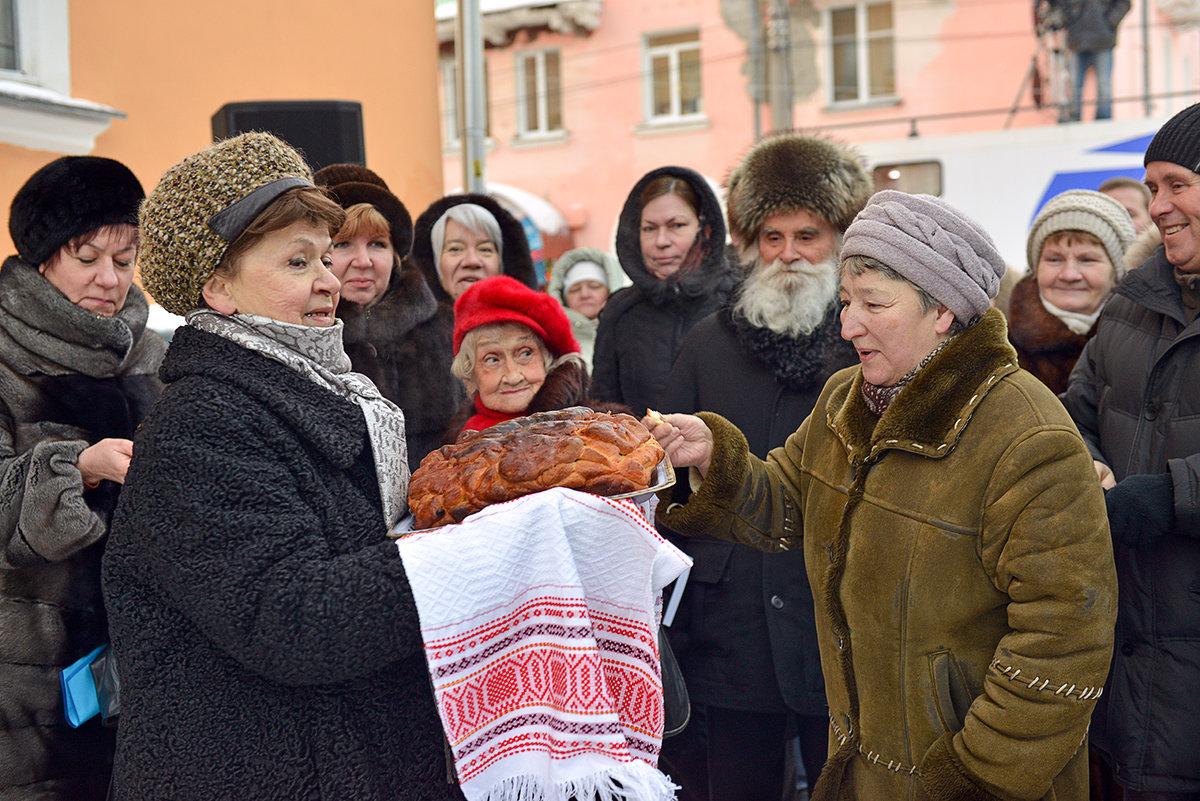 С хлебом, солью! - Алёна Михеева