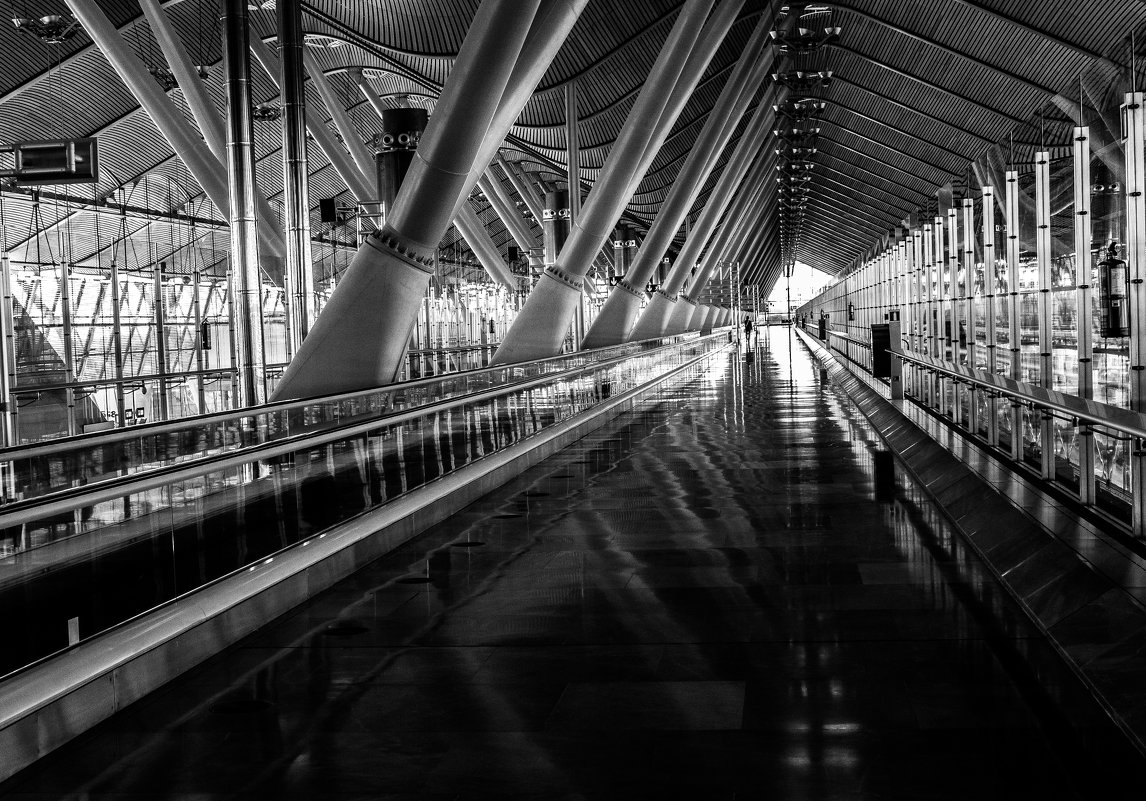 Аэропорт Испания - Владислав Назаренко
