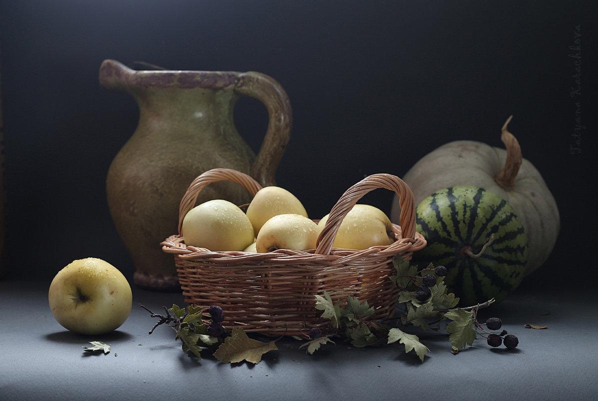 Яблочки наливные - Татьяна Карачкова