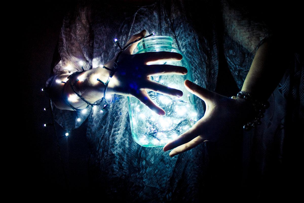 огоньки надежды - Анастасія Скляр