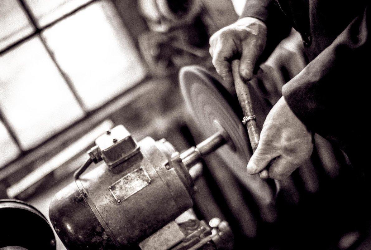 Hand work - Ruslan Bolgov