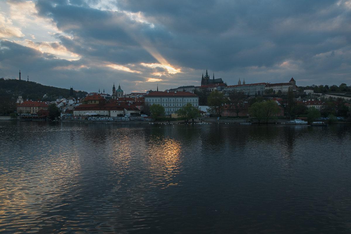 Закат в Праге - Алексей Морозов