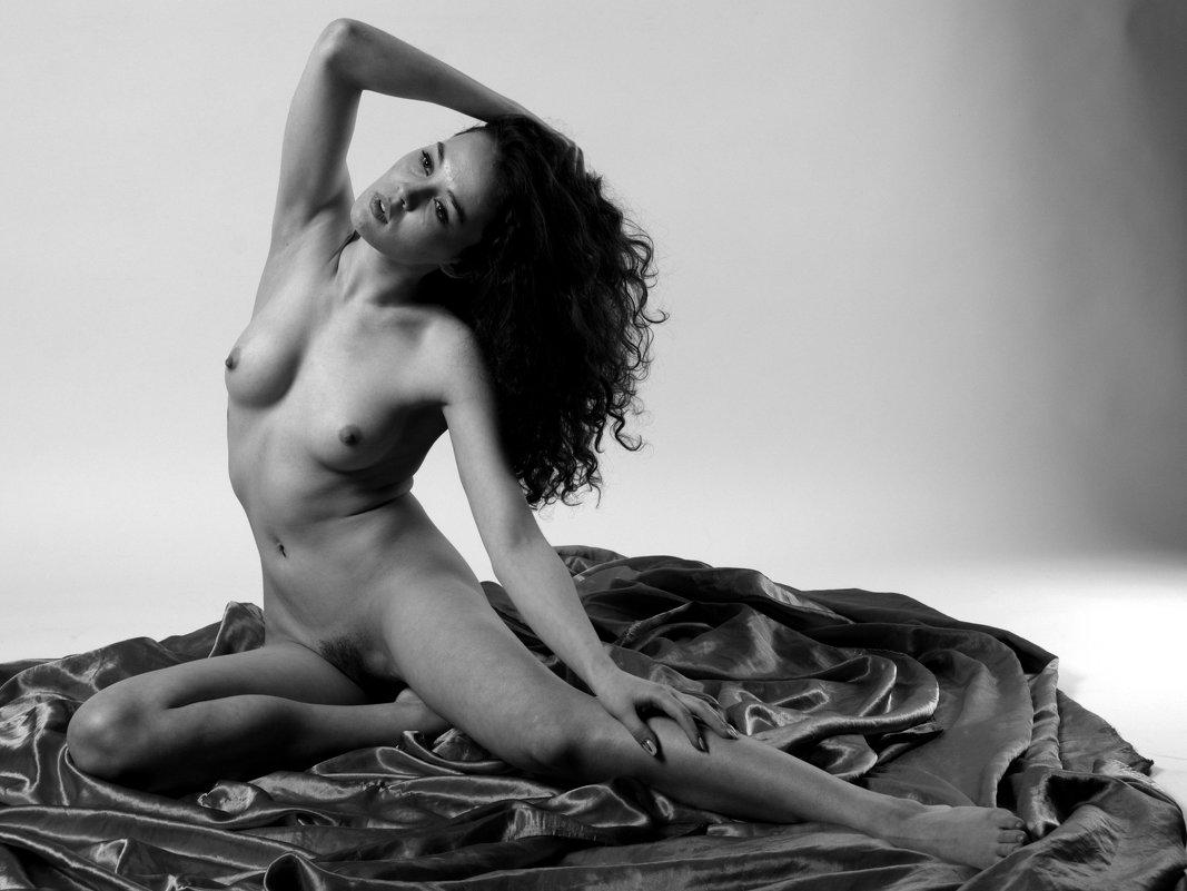 https://vk.com/erotic_portrait - Ярик Арс