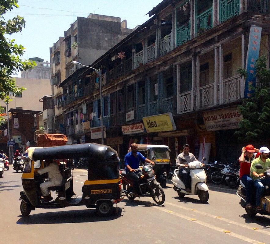 Индийские правила уличного движения... - Елена