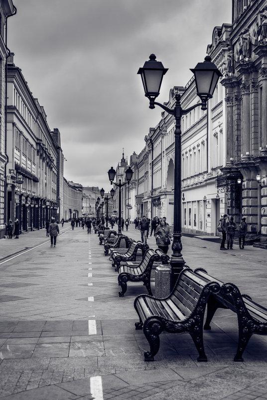 Никольская улица - Ксения Базарова