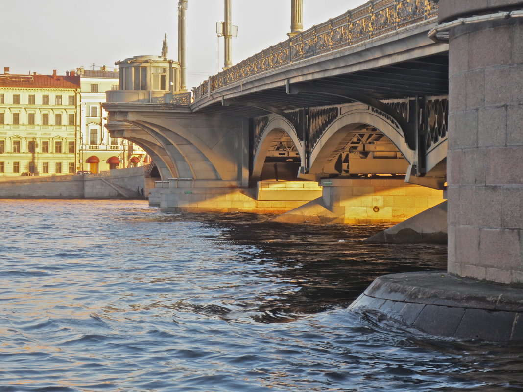 Благовещенский мост на закате - Елена