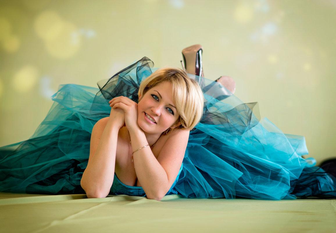 Милая девушка - Елена Тарасевич (Бардонова)