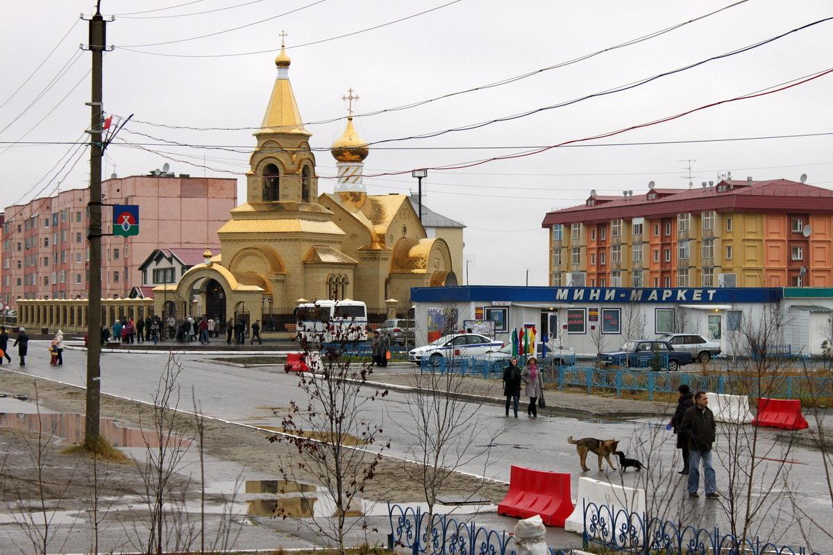 В день открытия новой церкви - людмила Миронова