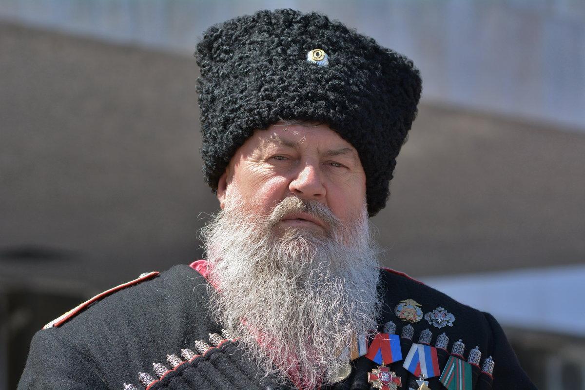 Есаул - Петр Заровнев
