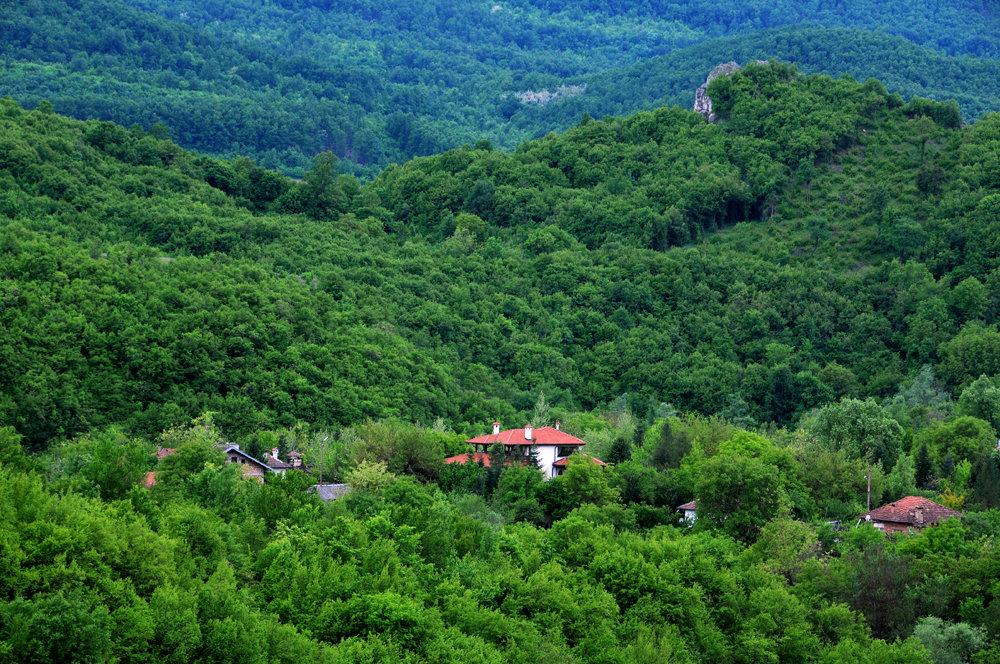 Горное село на Балканах - Victor Spacewalker