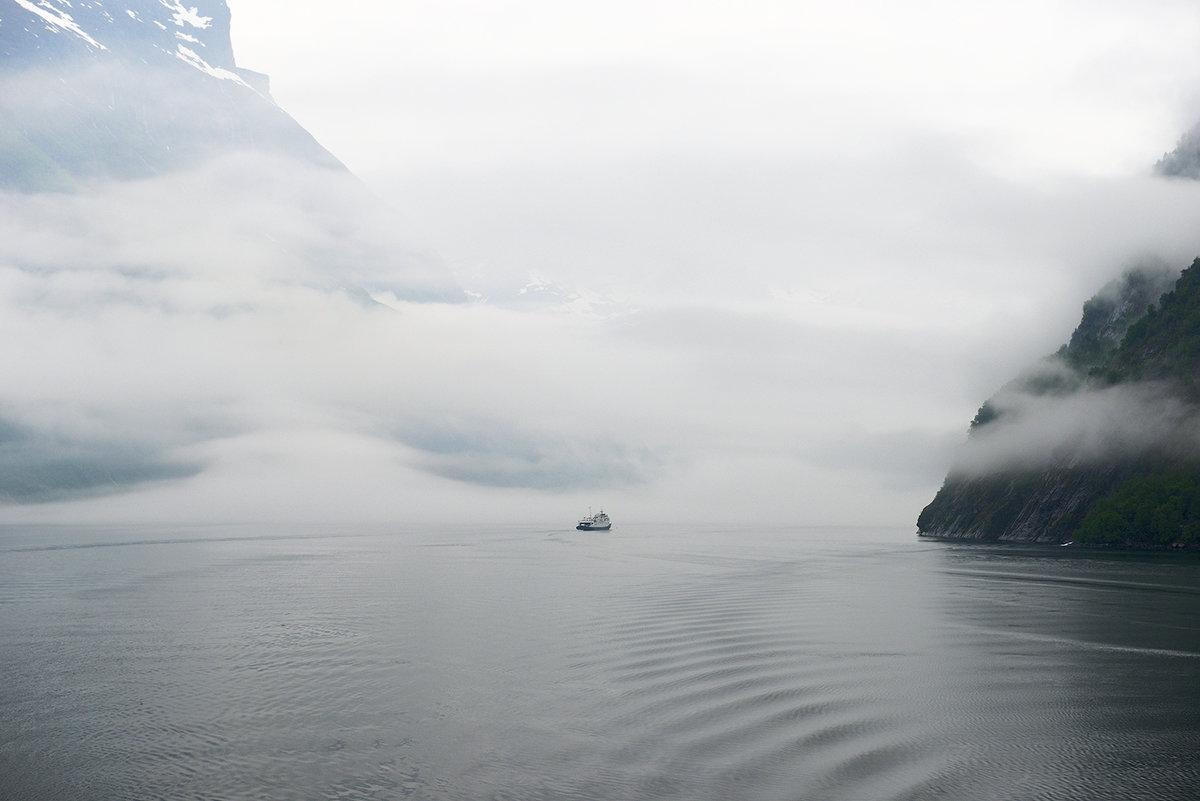 Фьорды в тумане - Valeriy(Валерий) Сергиенко