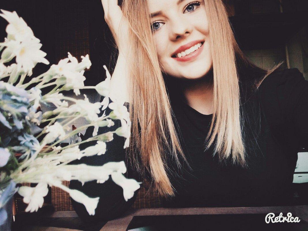 moony - Yulia