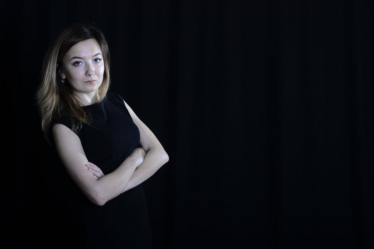 Черный - Анастасия Шилова