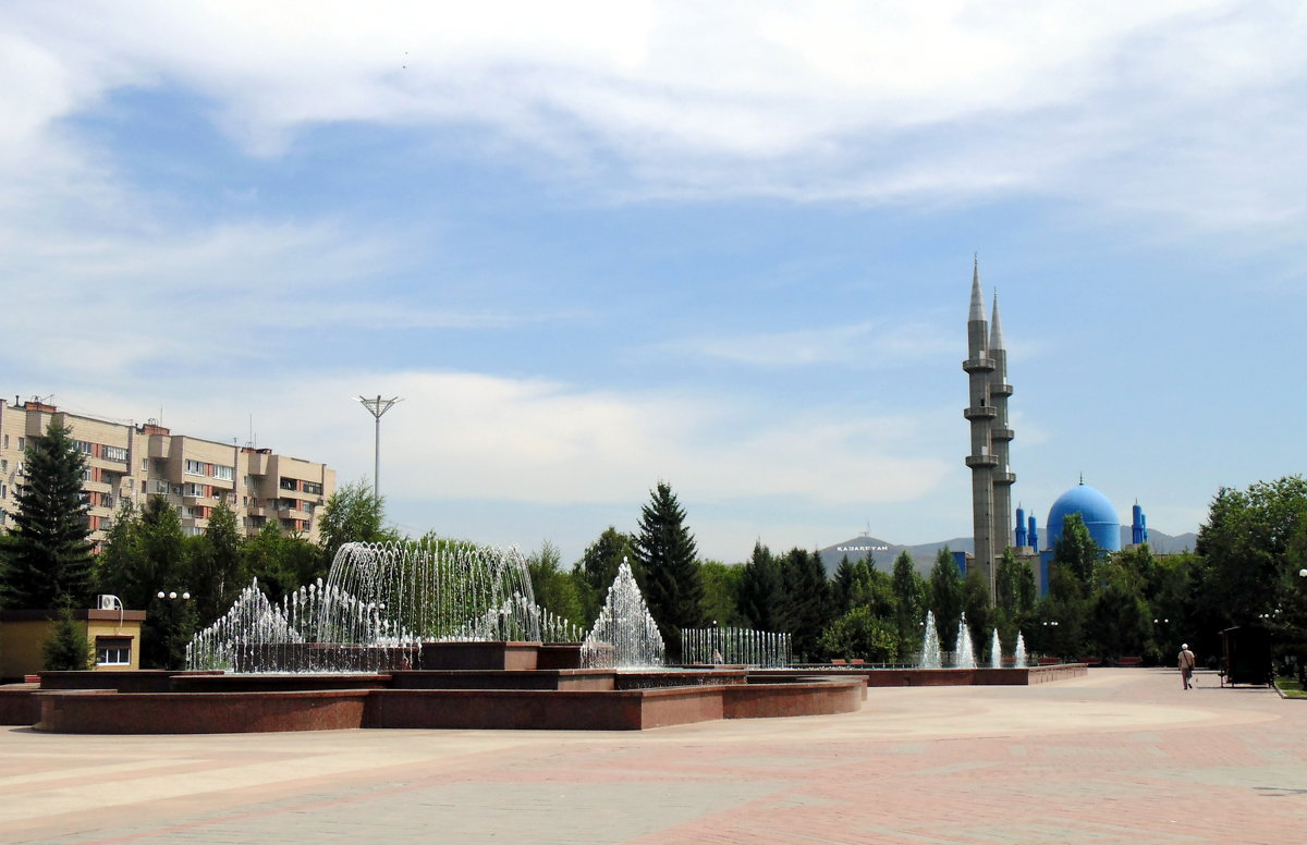 Городской пейзаж . - Мила Бовкун