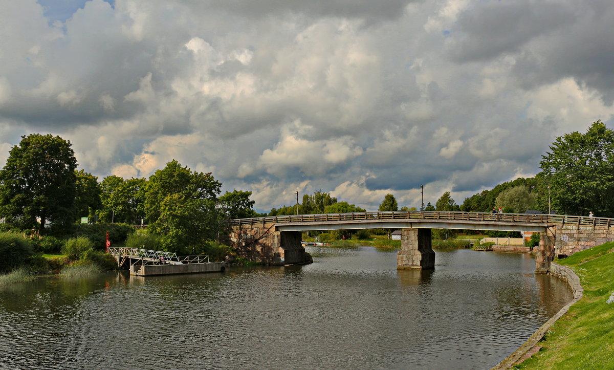 Старый мост - Олег Попков