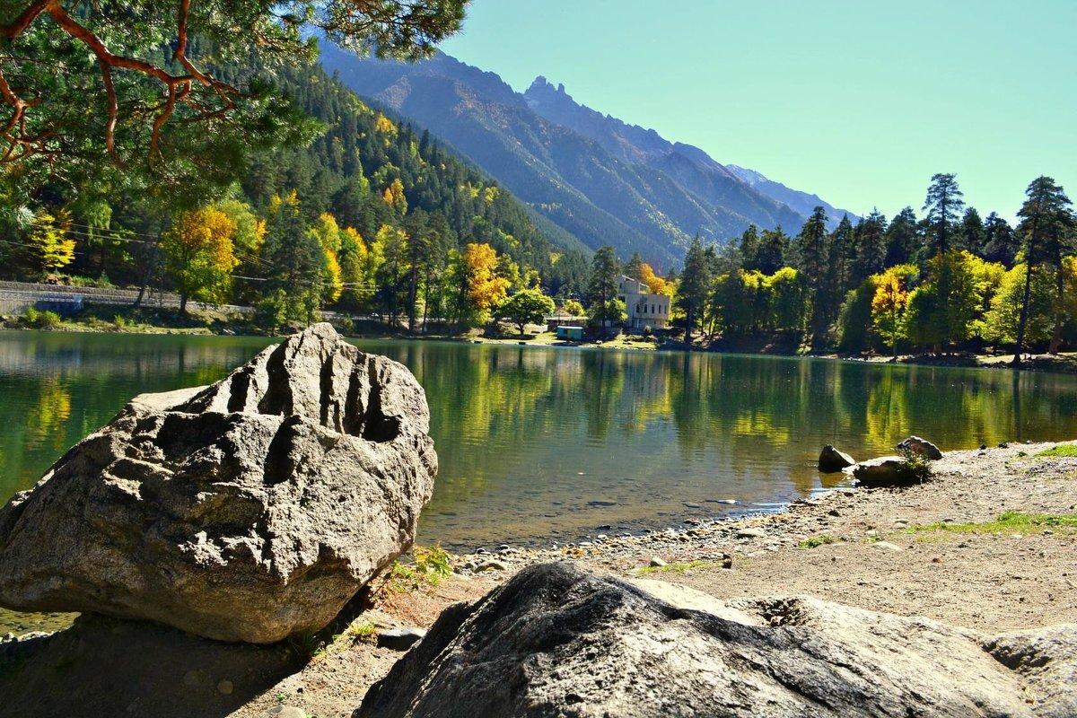 Бездонное озеро ..( Теберда) - Клара