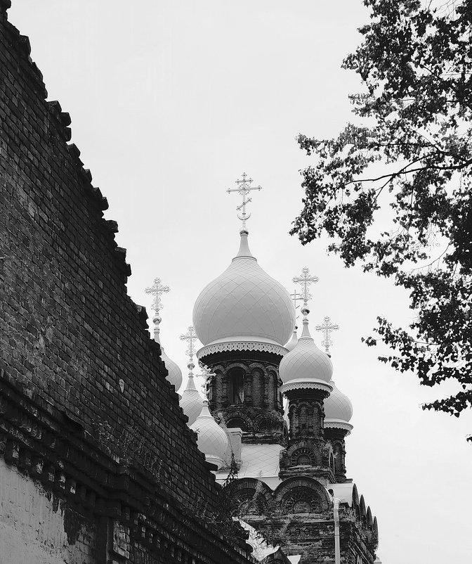 Церковь Святого Мученика Иулиана Тарсийского - Сергей Тихонов