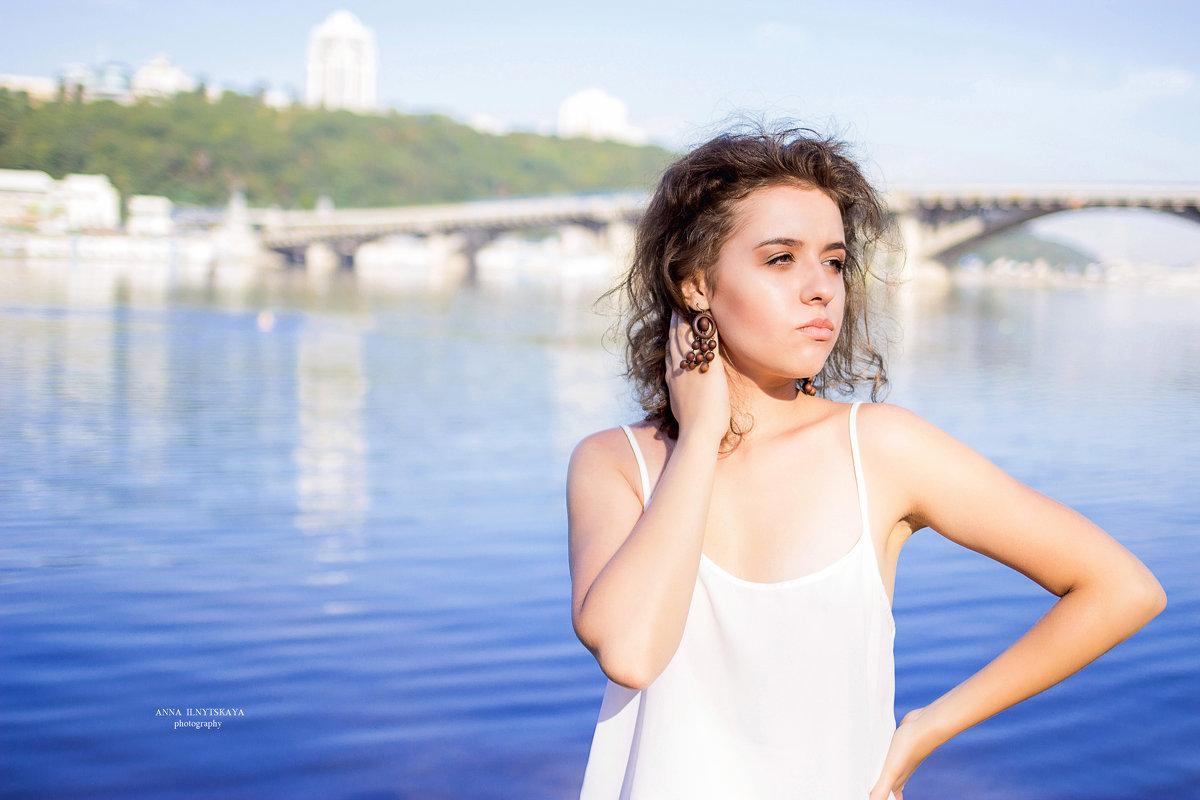 Veronika - Анна Ильницкая